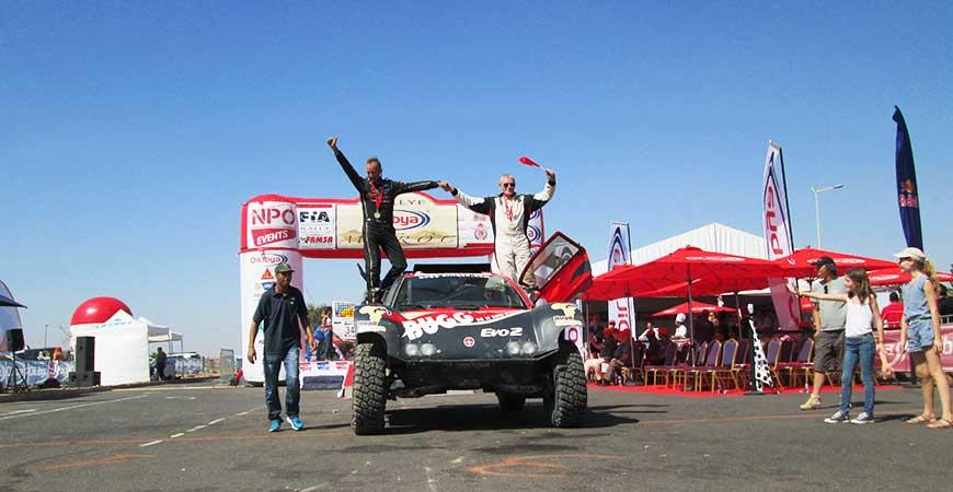 Victoire du team BUGG'AFRIQUE en 2 roues motrices essence avec le Bugga'One